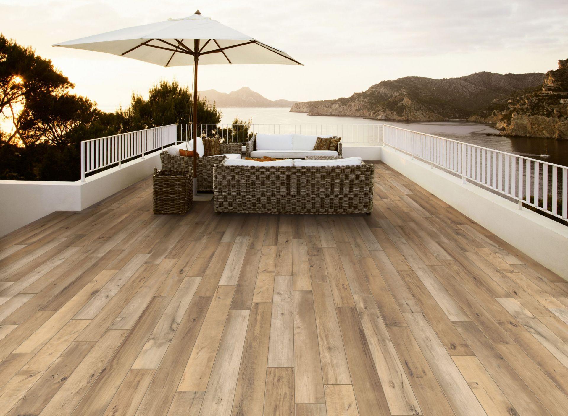 wooden-effect-outdoor-tiles-bristol