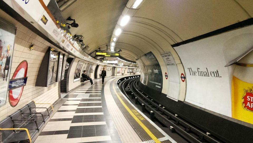 london-subway-metro-tiles