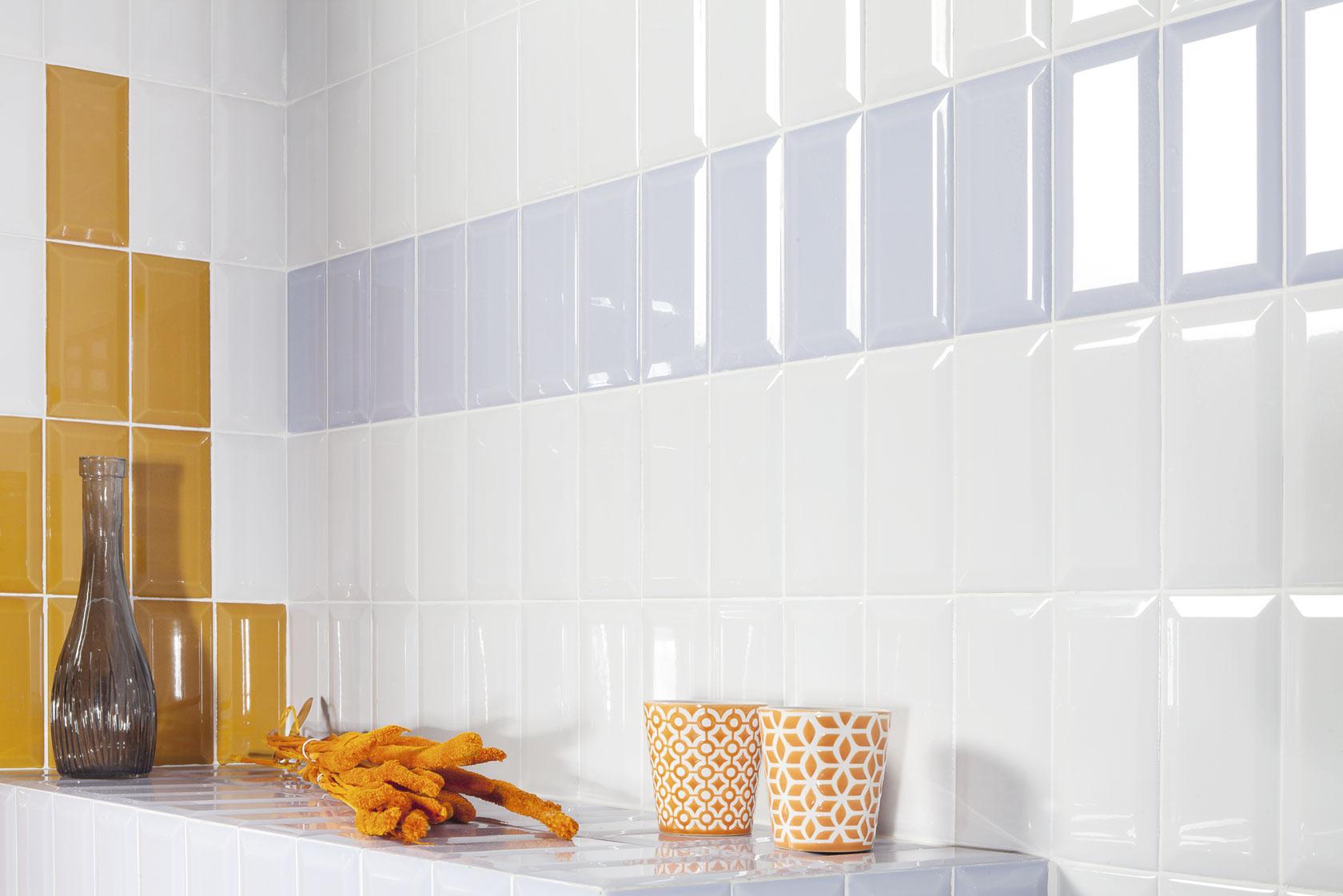 white-gloss-subway-metro-tiles